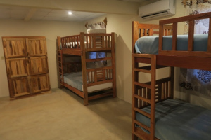 HPR-Room-dormitorio02