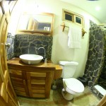 HPR-Bathroom-Night-013